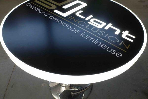 Fabrication d'une table lumineuse